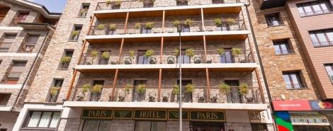 PARIS ENCAMP