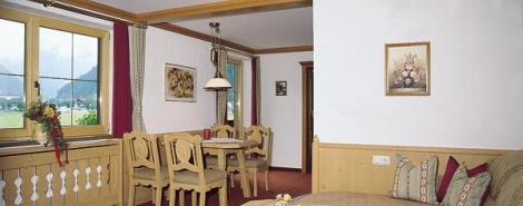 ALMHOF GARNI HOTEL (MAYRHOFEN)