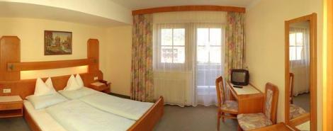 SIMMERLWIRT HOTEL